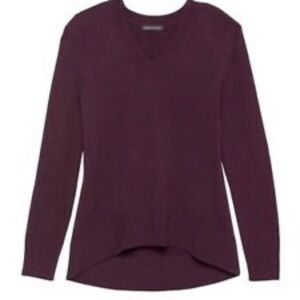 Banana Republic supersoft v-neck sweater